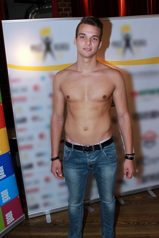 7. Adam Nitschmann, student, 21 let, Ostrava, 189 cm.