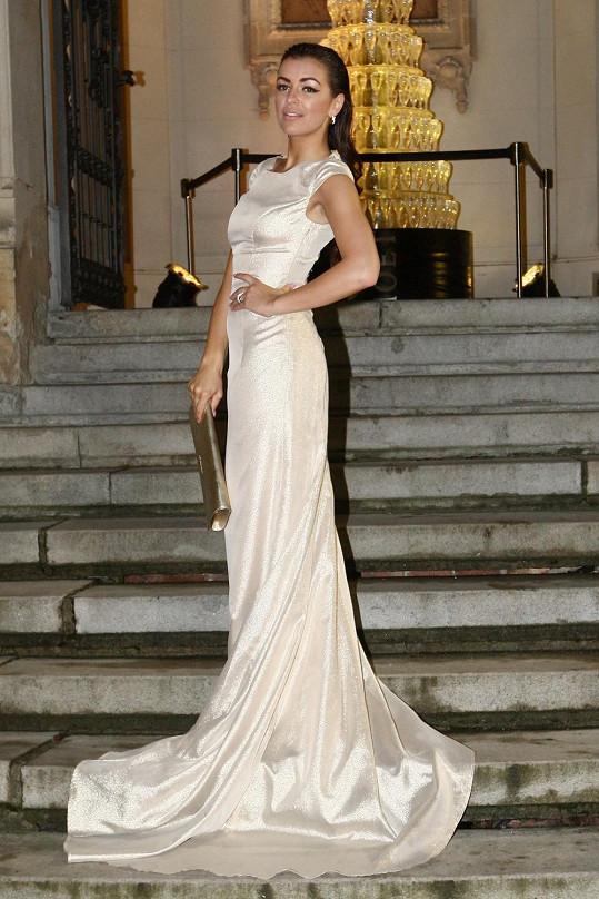 Jitka měla nádherné šaty...