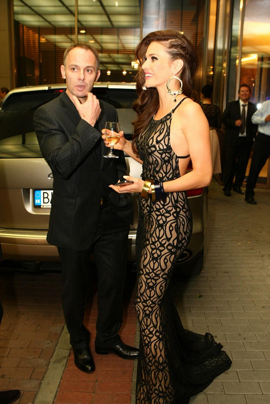 Andrea Verešová s manželem Danielem na bratislavských módních dnech