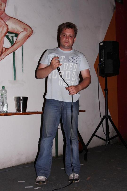 Michal Hudček se změnil.