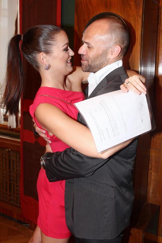 Ceremoniálu byl přítomen i partner Mirek Cipra.
