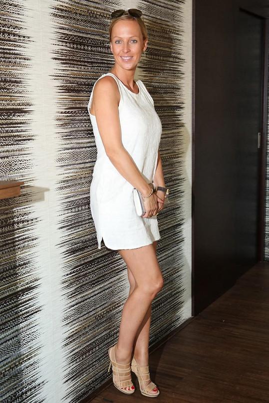 Zuza Belohorcová je ve třetím měsíci těhotenství.
