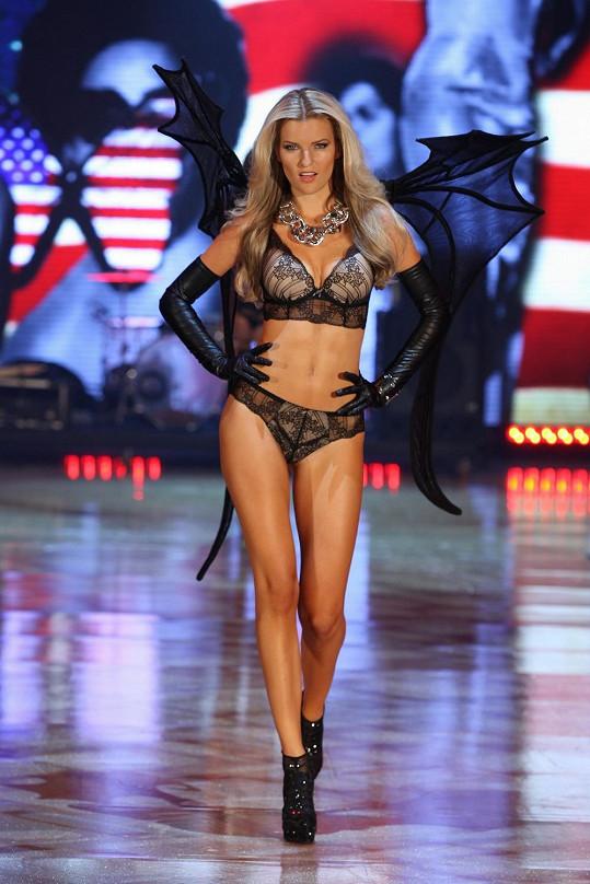 Veronika s ďábelskými křídly