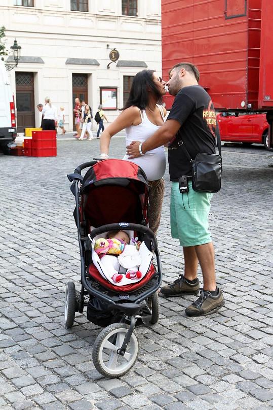 Xindl X s manželkou a dcerou na akci Česká hvězda.