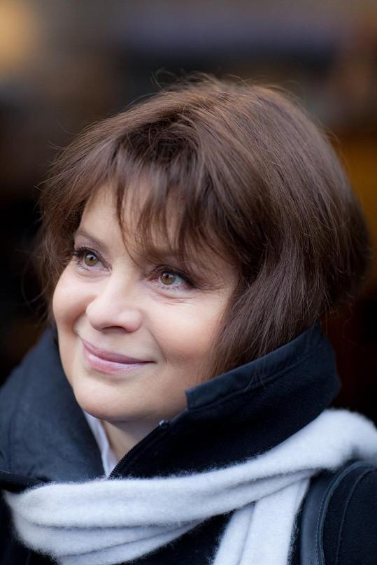 Libuše Šafránková jako Květa.