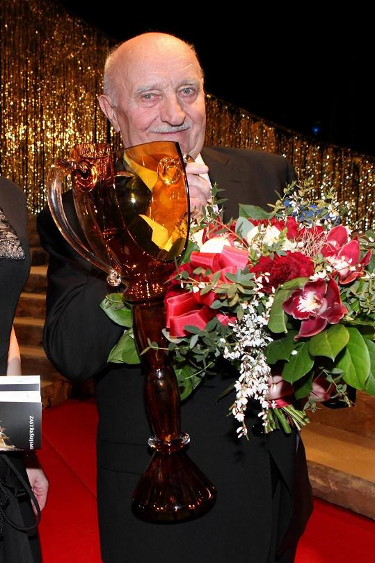 Josef Somr získal Thálii za celoživotní přínos divadlu.