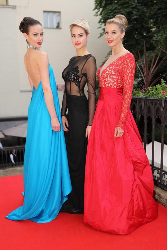S kolegyněmi ze soutěže Česká Miss