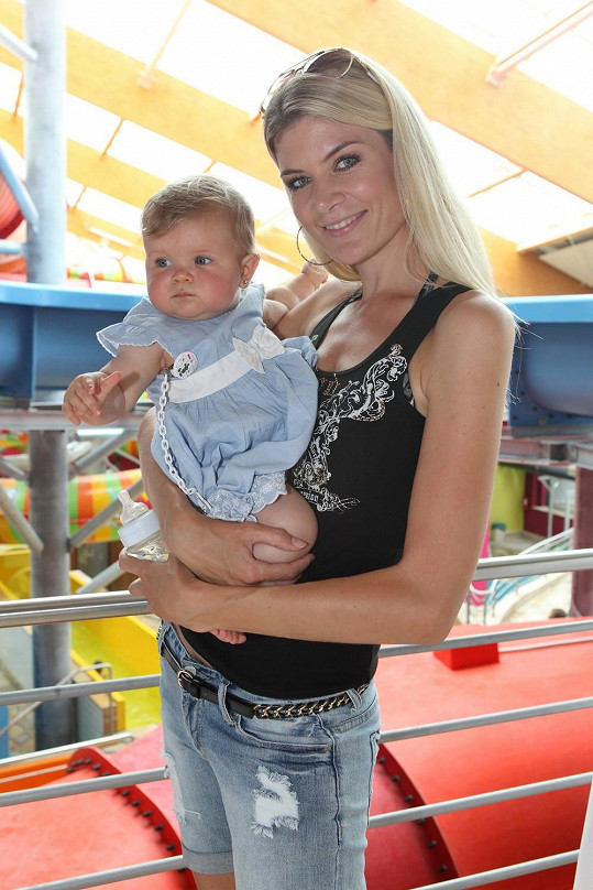 Iveta vzala dceru na její první dovolenou do Chorvatska.