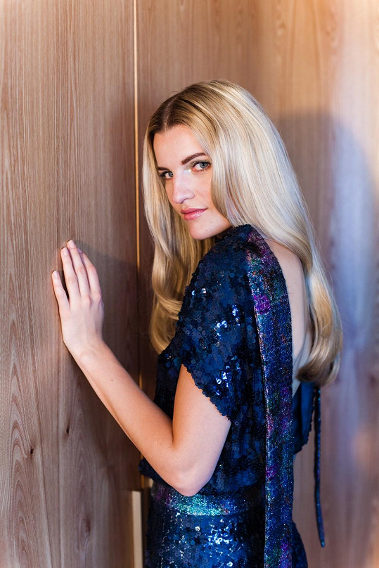 Loňská tvář kolekce Veronika Chmelířová se objevuje v kampani pro nadcházející sezónu.