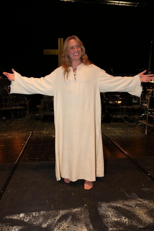 Jako Ježíš se divákům představoval 25 let.