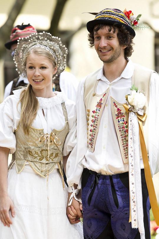 Michaela Sejnová a Václav Jílek tvoří v seriálu pár.