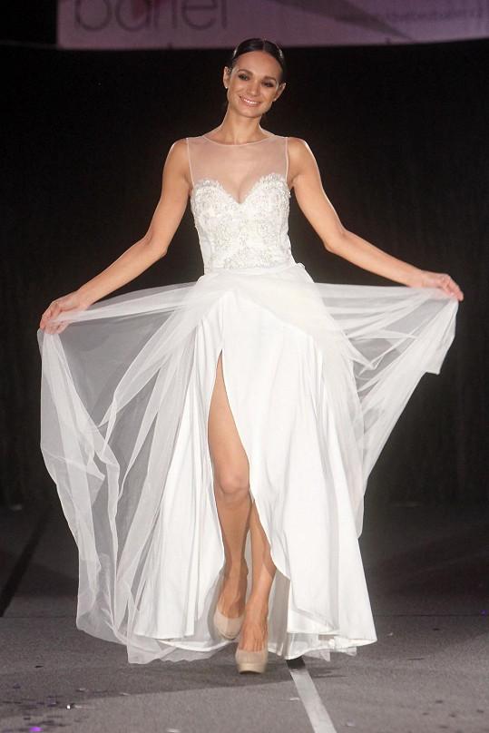 Gábina ve svatebkách zářila.