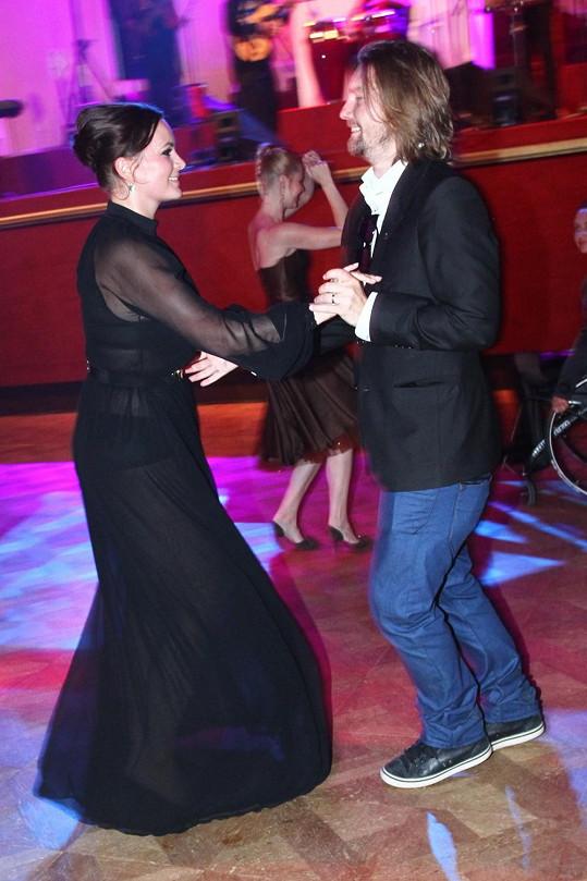Jitka Čvančarová s manželem předváděli všemožné taneční kreace.