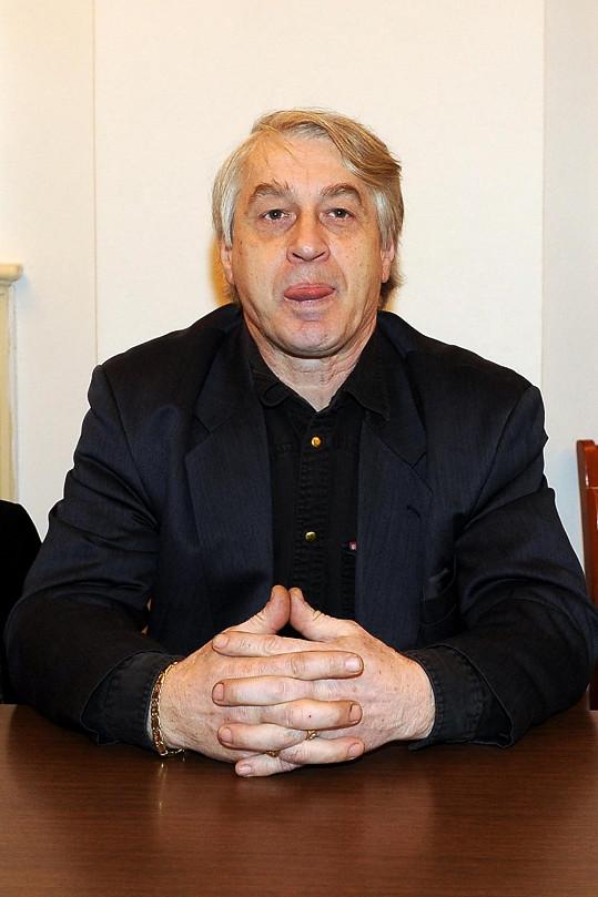 Josef Rychtář se pekelně soustředil.