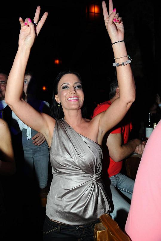 Gábina Partyšová ve víru tance.