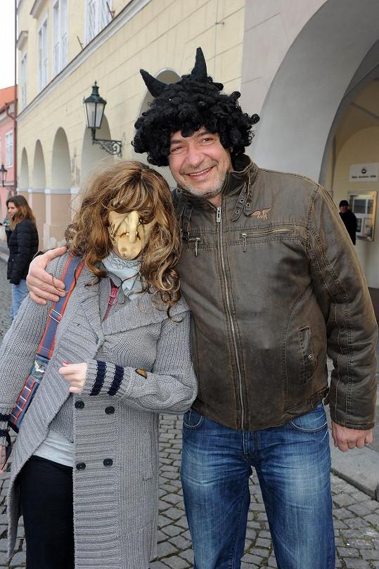 Ďábelský kuchař Jiří Babica vydrží i obetí s čarodějnicí.