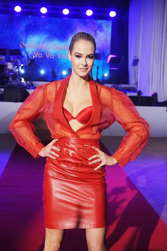 Simona Dvořáková je úspěšná modelka.