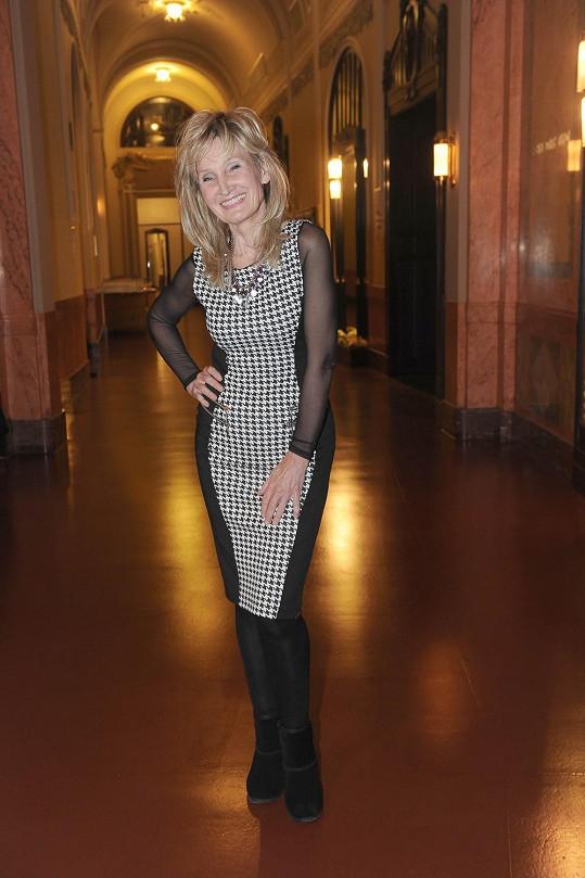 Zuzana Bubílková vypadá i po šedesátce skvěle.
