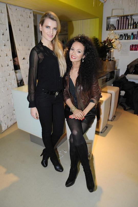 Kromě Gábiny Dvořákové kadeřnictví otvíraly také Veronika Procházková a Aneta Vignerová.