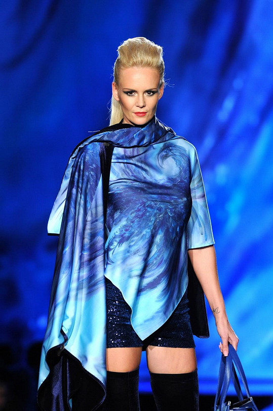 Lucie Hadašová v modelu ready-to-wear
