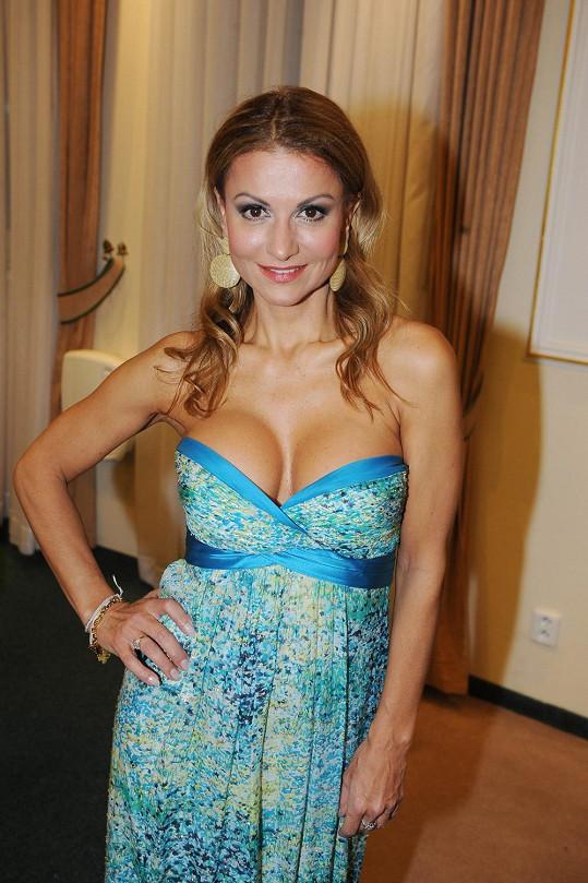 Yvetta Blanarovičová si vzala také sexy šaty.