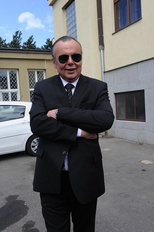 Zdeněk Zahradník má zajistit hladký průběh pohřbu...