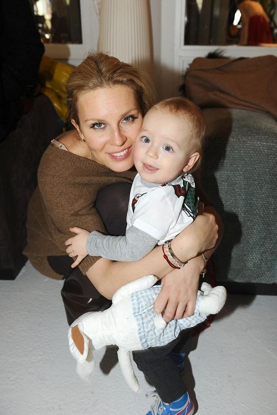 Simona s ročním Brunem
