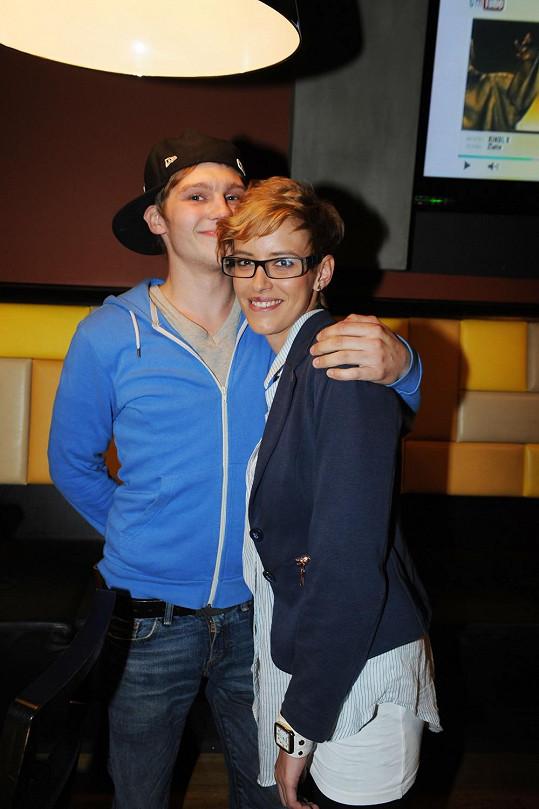 Andrea přišla svého přítele podpořit do klubu Phenomen, kde se uskutečnil v pořadí druhý letošní showcase největšího hudebního vydavatelství Universal Music.