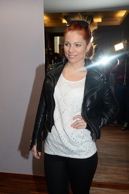 Nakrátko přišla i Míša Nosková, která spěchala na vystoupení.