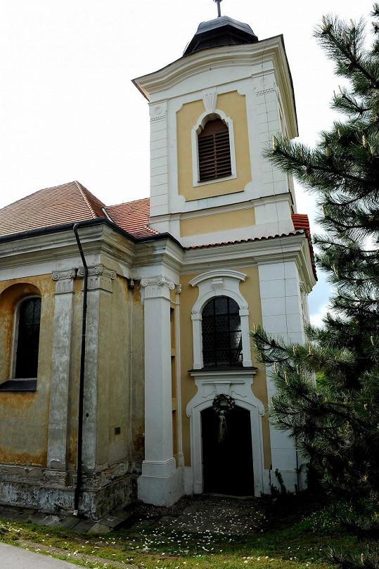 Agáta se vdá v kostele ve středočeských Úněticích.