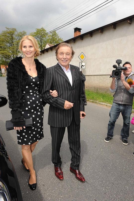 Karel Gott a Ivana Gottová si svatbu nemohli nechat ujít.