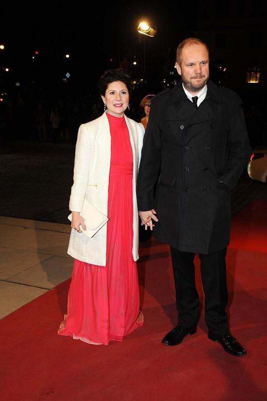 Martha Issová s partnerem Davidem Ondříčkem