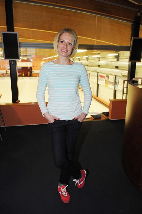 Kristina Kloubková má prý stále tři kila navíc, vidět to ale není.