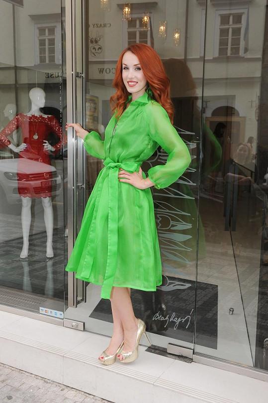 Zelená je ideální barva pro zrzky.