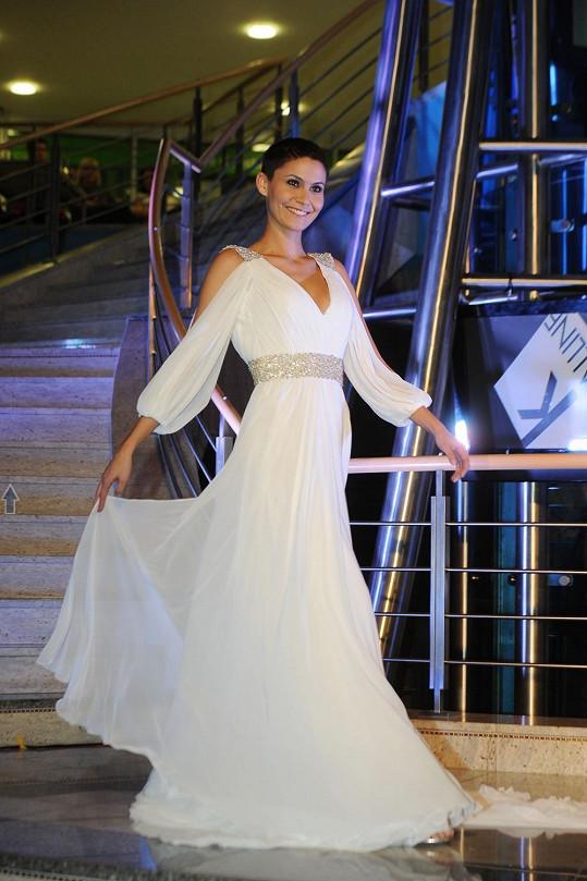 Vlaďka Erbová se opět objevila v šatech, ve kterých se vdávala.