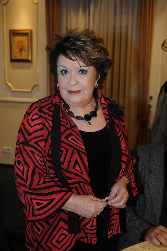 Přišla ji podpořit i Jiřina Bohdalová.