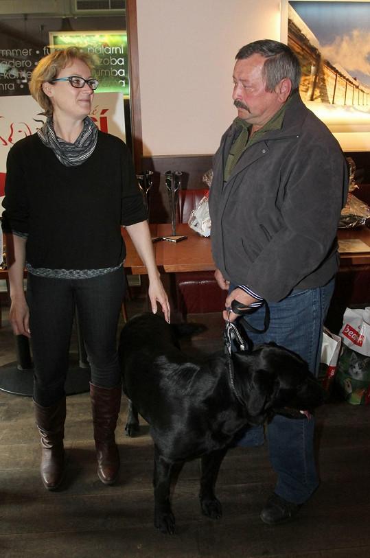 Slavíková se objevila na akci Statečné psí srdce.