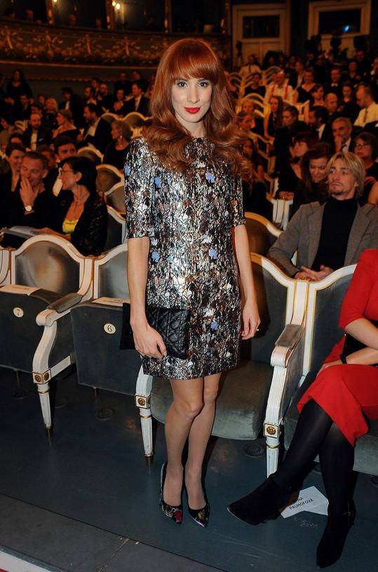 Nebylo to poprvé, co krásná Slovenka oblékla šaty od Diora. Model z žakáru ze stejné kolekce jaro/léto 2014 měla i na cenách Czech Grand Design.