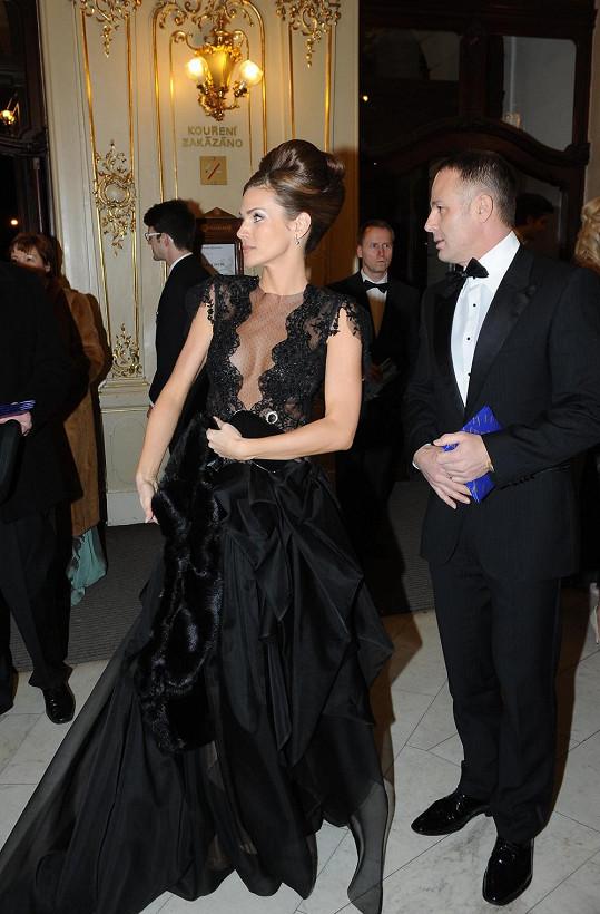 Andrea s manželem na Plese v Opeře