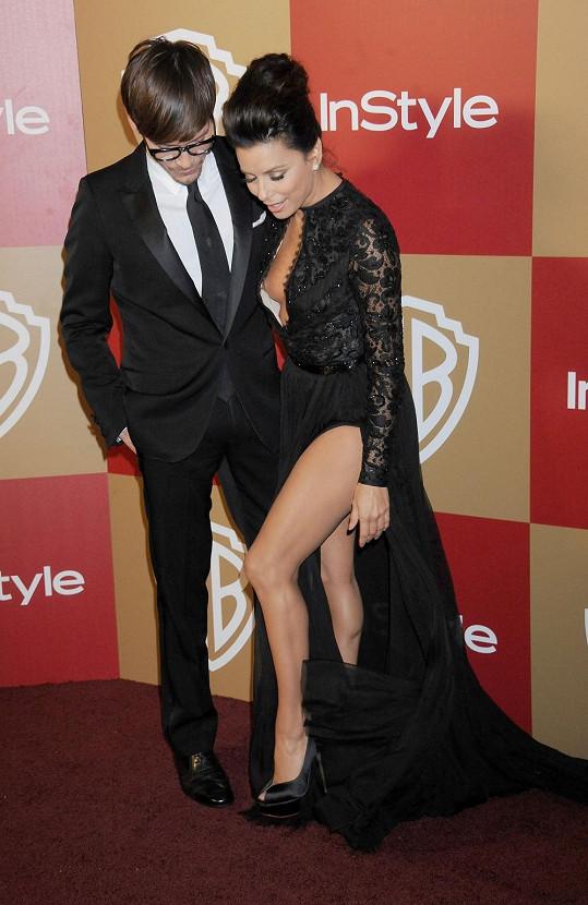 Eva Longoria na párty po vyhlášení Zlatých glóbů.