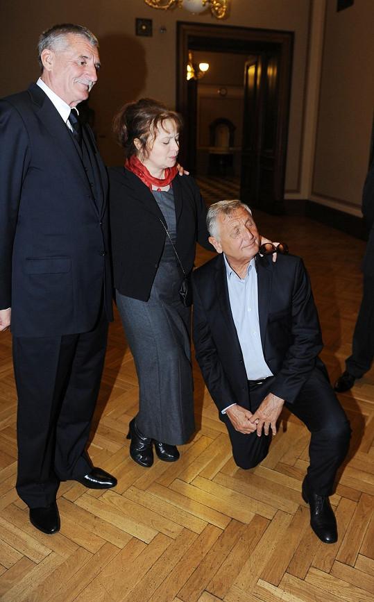 Režisér Jiří Menzel před ní poklekl.