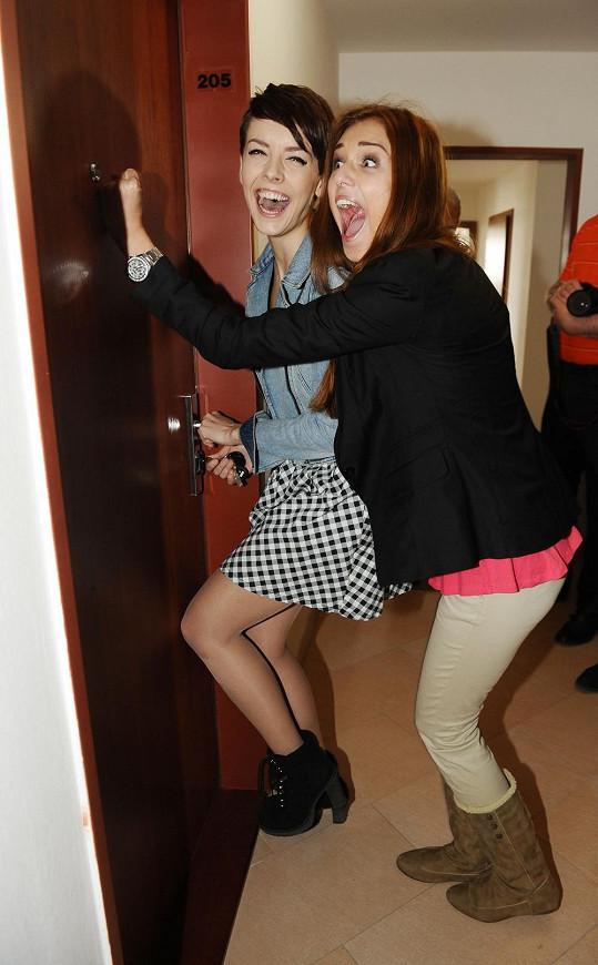 Missky Gabriela Kratochvílová a Lucie Kovandová dostaly klíče od nového bydlení.