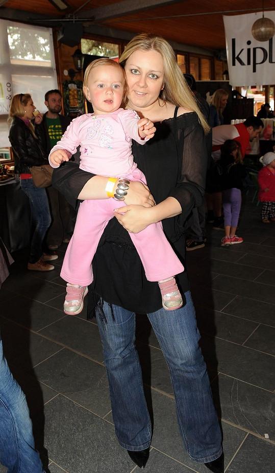 Klára Kolomazníková s dcerou