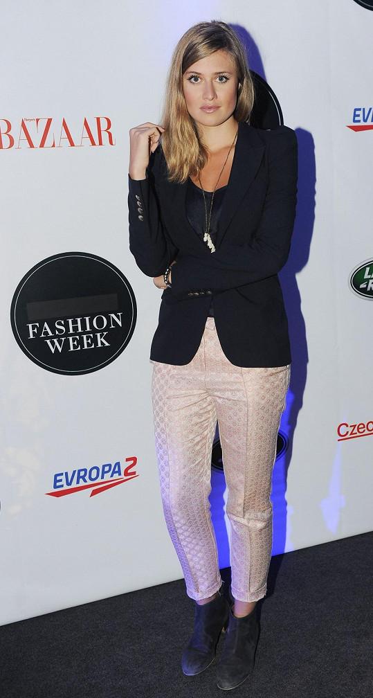 Emma Smetana zase kalhoty