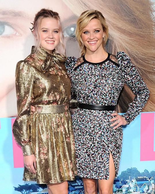 Reese se pochlubila dcerou, dělí je od sebe 23 let.