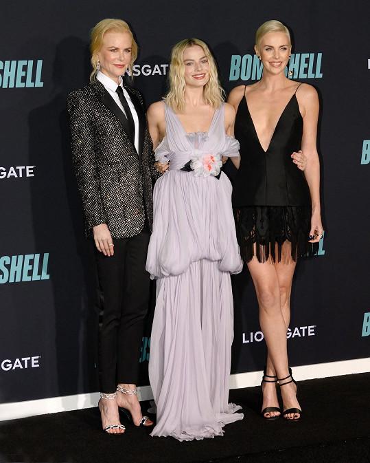 Ve filmu Bombshell hraje spolu s Nicole Kidman a Margot Robbie (uprostřed).