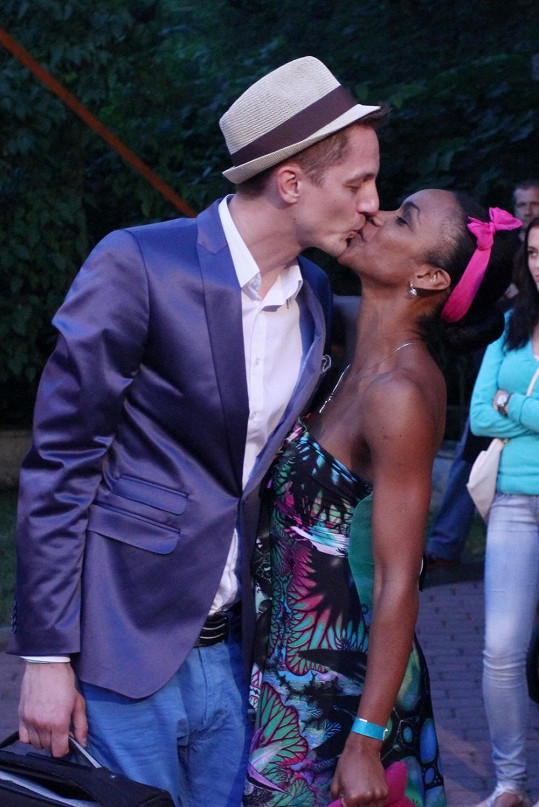 Ondřej Ruml žije s kubánskou tanečnicí Doris.