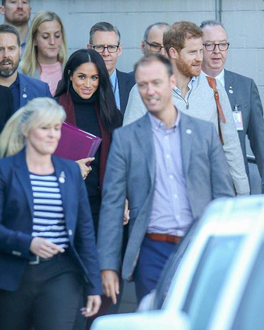 Oznámení učinili z Austrálie, kam manželé dorazili na státní návštěvu.