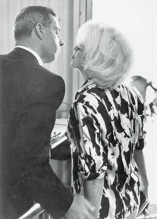 V roce 1962 obnovili svůj přátelský vztah a spekulovalo se o druhé svatbě.