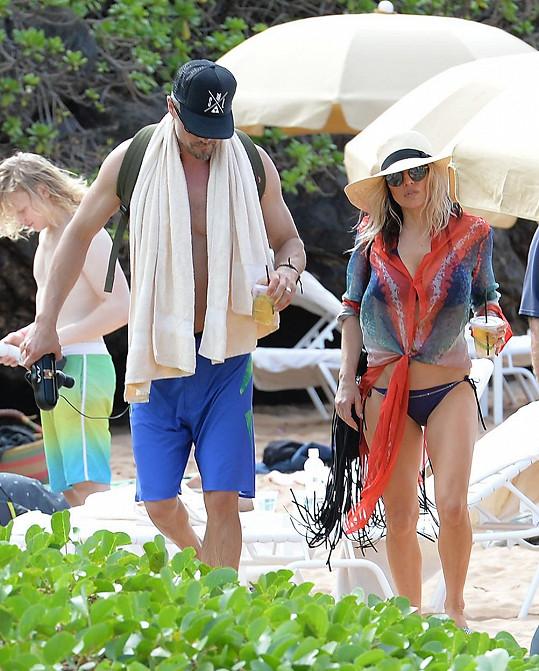 Zpěvačka s manželem na Maui